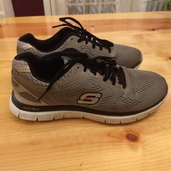 Skechers Knit Flex Sole Athletic Shoes